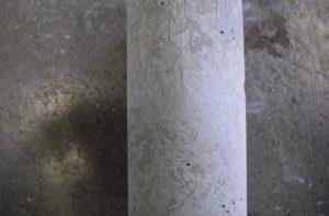 初期凍害を受けたコンクリートの表面