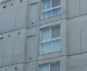 打ちっぱなしコンクリートの湿気対策について