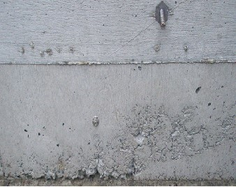 コンクリートのジャンカ(豆板)